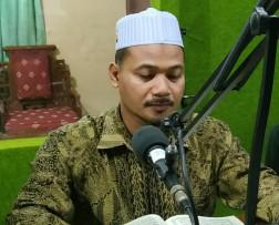 Ahmad Zuhdi Az Al-Hafidz - Penerima Wakaf Al Qur'an PP. Bahrul Wafa, Ngawi