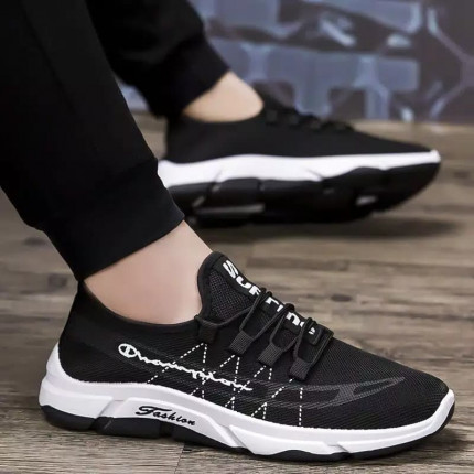 Wild Premium Sneakers