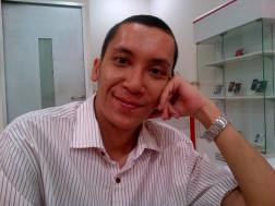 dr. Irwan Kreshnamurti, SpOG (Dokter Spesialis Kebidanan & Kandungan)