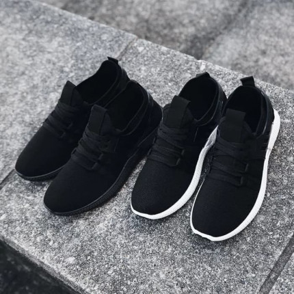 Rooster Premium Sneakers